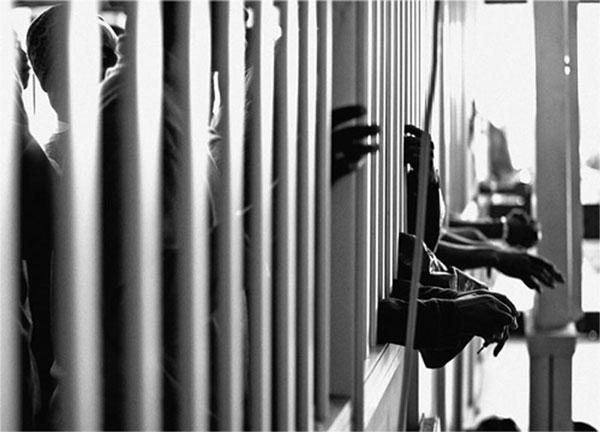 As prisões voltam a ser uma