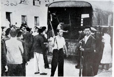 19 de Julho de 1936 em Barcelona e Madrid a acção dos revolucionários civis faz fracassar o golpe fascista.