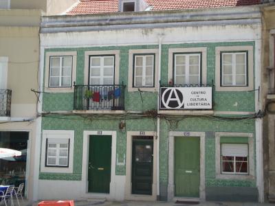 """Centro de Cultura Libertária ameaçado pela """"Nova Lei das Rendas (altas)"""""""
