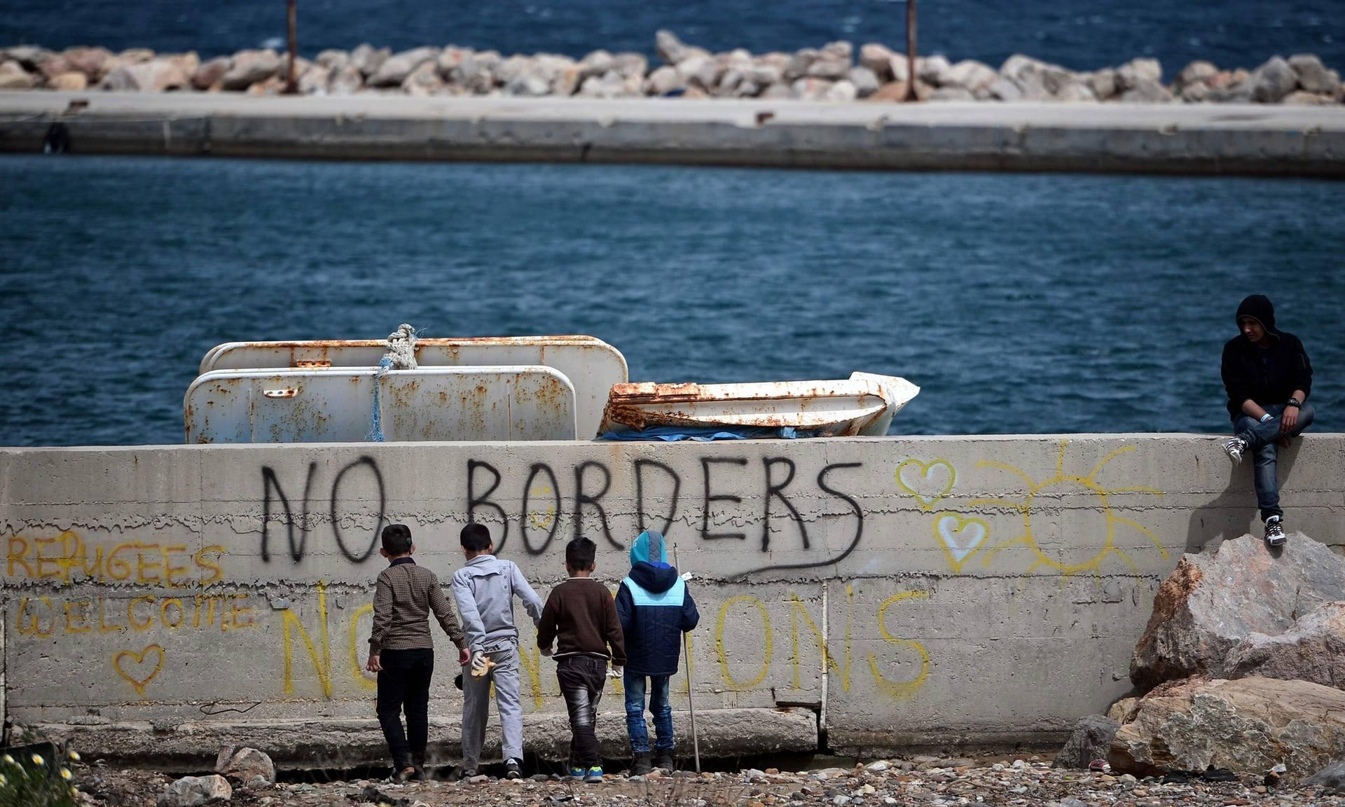 Pela libertação dos migrantes detidos pelo SEF